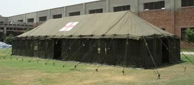TENTE HOSPITAL EN COTON TOILE 24 LITS AVEC 4 PORTES ET 8 FENETRES 16X6M