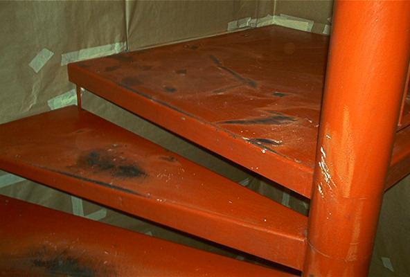 Application électrostatique de peinture surfaces métalliques -