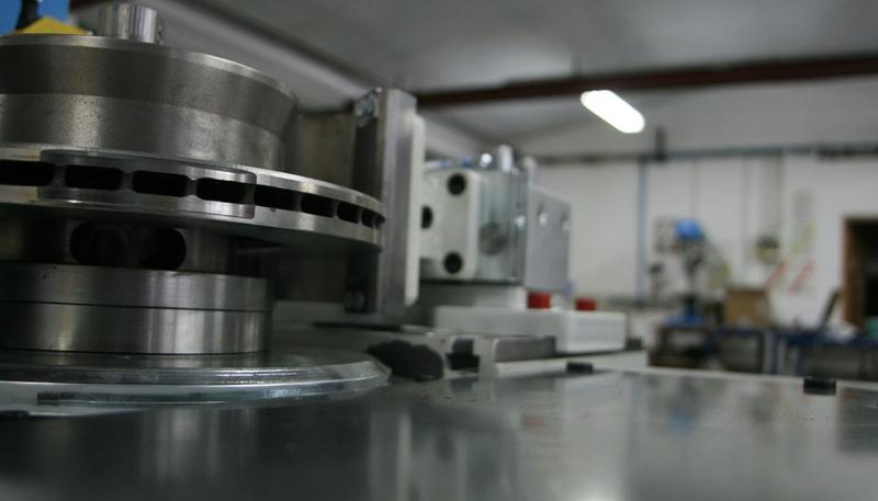 AUTOMATED BALANCERS FOR BRAKE DISCS AND DRUMS - AUTOMOTIVE INDUSTRY BALANCERS