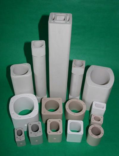 Isolierkörper für elektrische Sicherungen