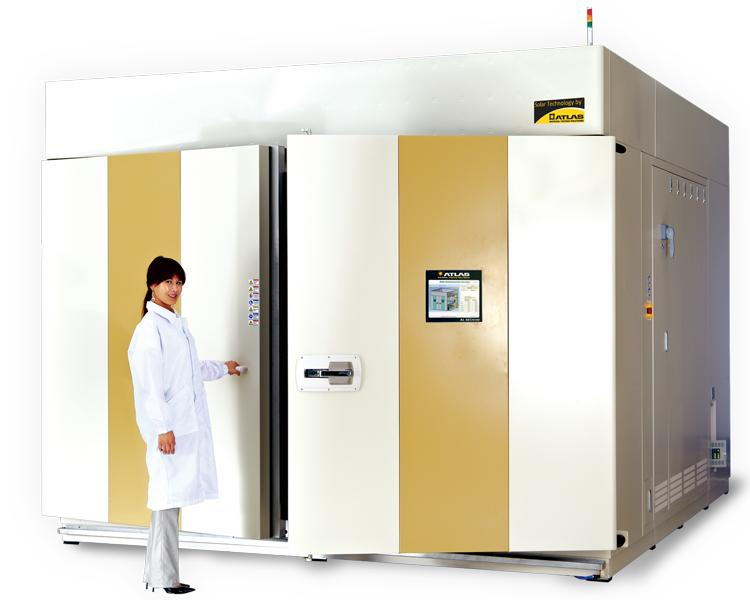 ready-to-use test chambers for various solar and environmental applications - SEC 4100