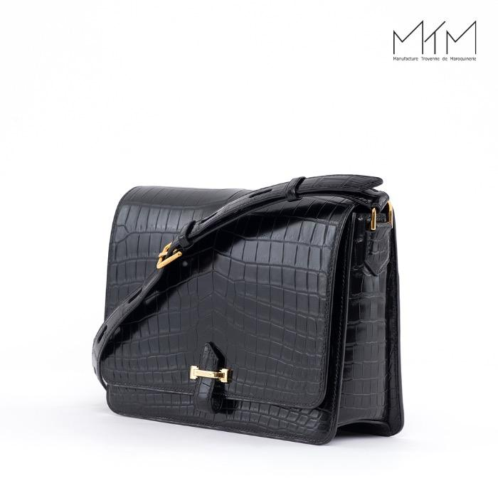 Long flap ladies bag -