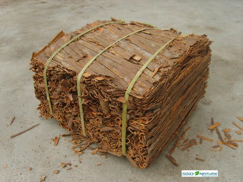 Cassia bark - Barken broken