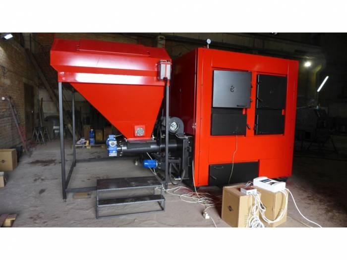 Промышленный твердотопливный котел с автоматической подачей