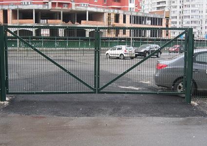 Ворота распашные панельного забора  - 1,5х3 м RAL