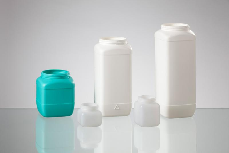 Wide-mouth square bottles - null