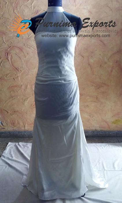 Robe de mariée en soie réalisée sur mesure  -