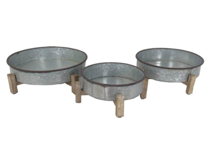 Triple Antique Iron Basins with Wood Collet -