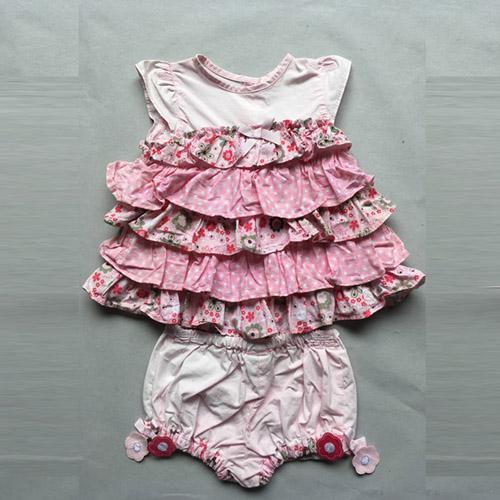 Младенческая костюм -