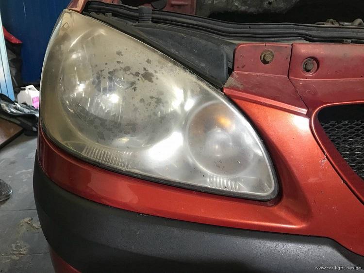 Полировка фар автомобиля - Восстановление прозрачности стекла фары