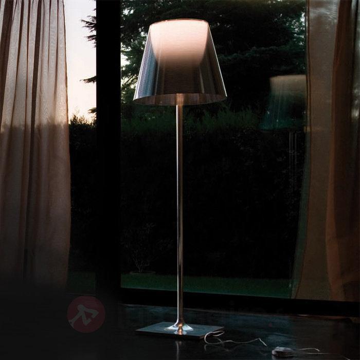 Lampadaire élégant KTRIBE F3 by FLOS - Lampadaires design