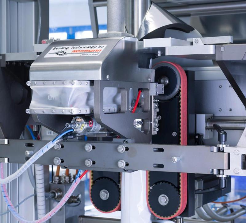 Packaging technology - Longitudinal seal modules
