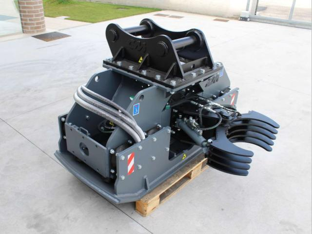 Vibrating plate compactor PV 75.120 -