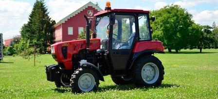 Трактор Беларус-422.1