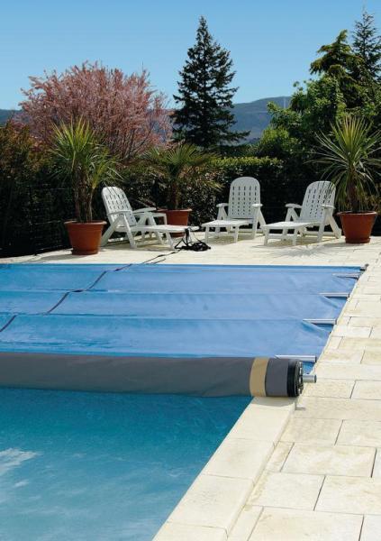 Couverture de piscine à barres avec Rolltrot - Easyone24.5rolvert