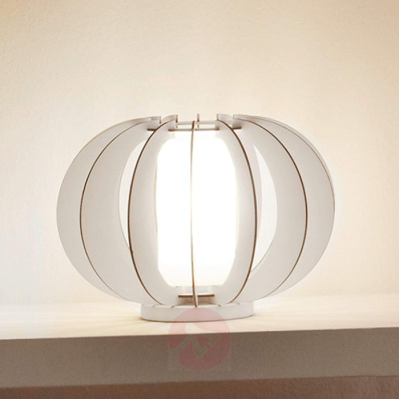 Decoratively designed Stellato table lamp - indoor-lighting
