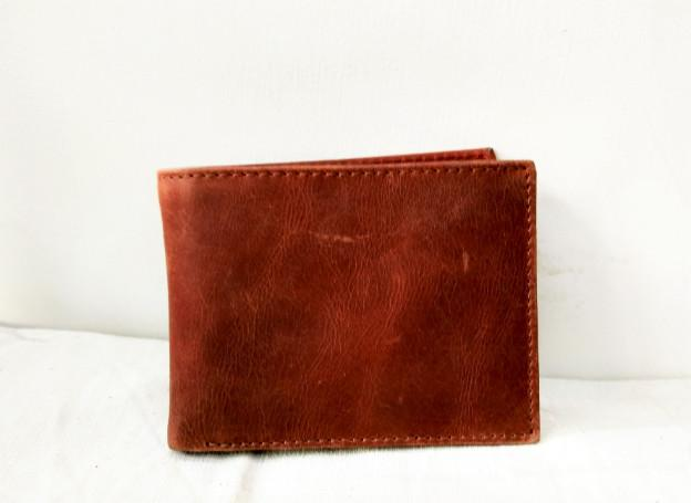 VINTAGE BROWN BIFOLD CLASSICAL WALLET - CLASSICAL BIFOLD WALLET FOR MEN