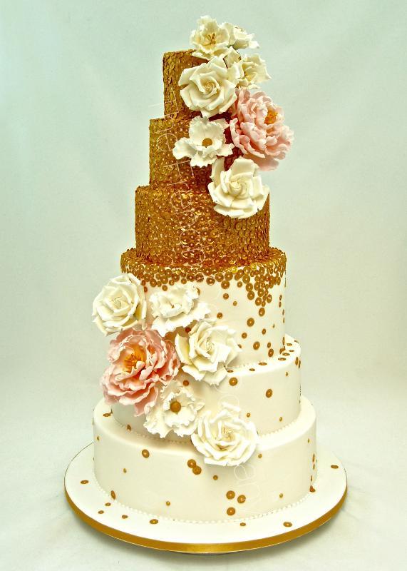 Gâteaux et Pièces Montées sur-mesure - Gâteau Or Pivoines & Roses