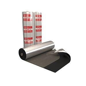IMPERMEABILISANTS POUR LE BATIMENT - Feuille autoadhésive d'aluminium contenant le revêtement superficiel