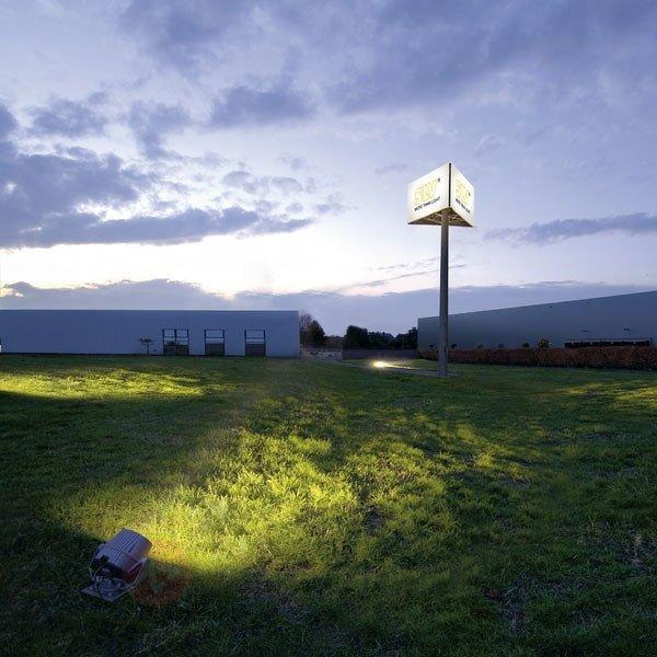 Spot d'extérieur professionnel FLACBEAM HQI 70 W - Spots et projecteurs