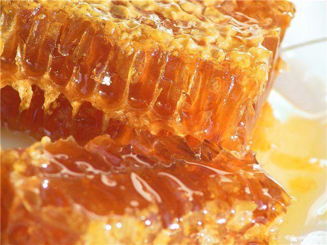 Мёд.Пчелиный воск.