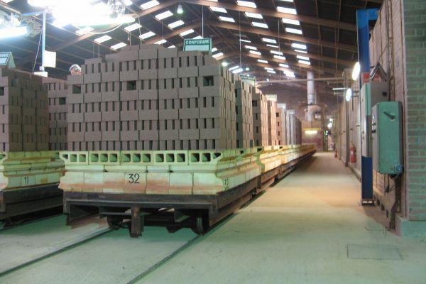 Briques réfractaires pour l'aluminium primaire -