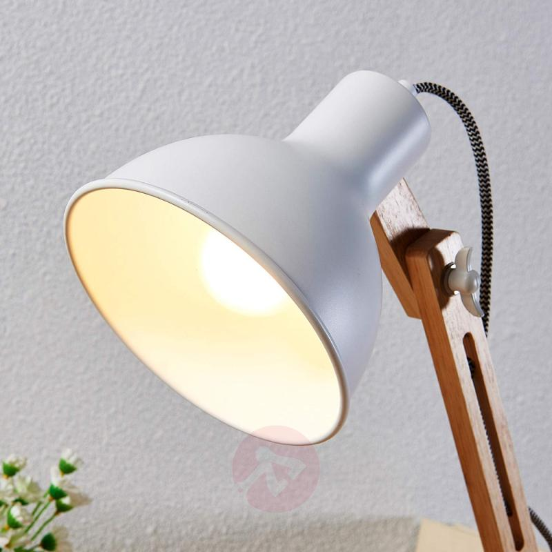 Wood desk lamp Shivanja with white lampshade - indoor-lighting