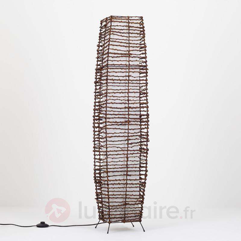 Magnifique lampadaire Ceren en rotin - Lampadaires en bois