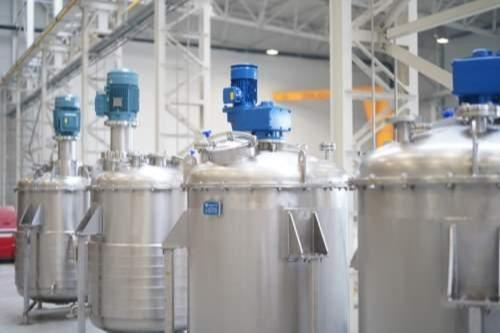 Produkcja (producent) zbiorników ze stali nierdzewnej - dla przemysłu spożywczego, chemicznego, farmaceutycznego i kosmetycznego...
