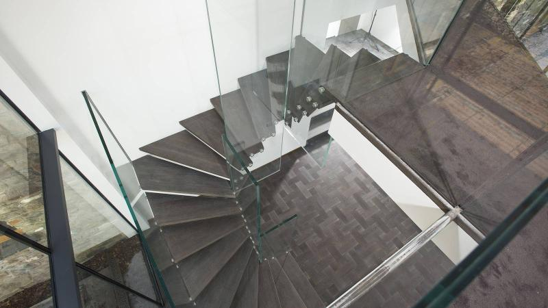Turned stairs - Winder staircase