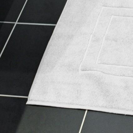 Linge de bain : serviettes et peignoirs - Lot de 6 Tapis de bain blanc ou couleur Venise 1250gr