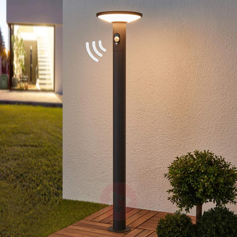 LED path light Jersy with solar panel, 100 cm - outdoor-led-lights
