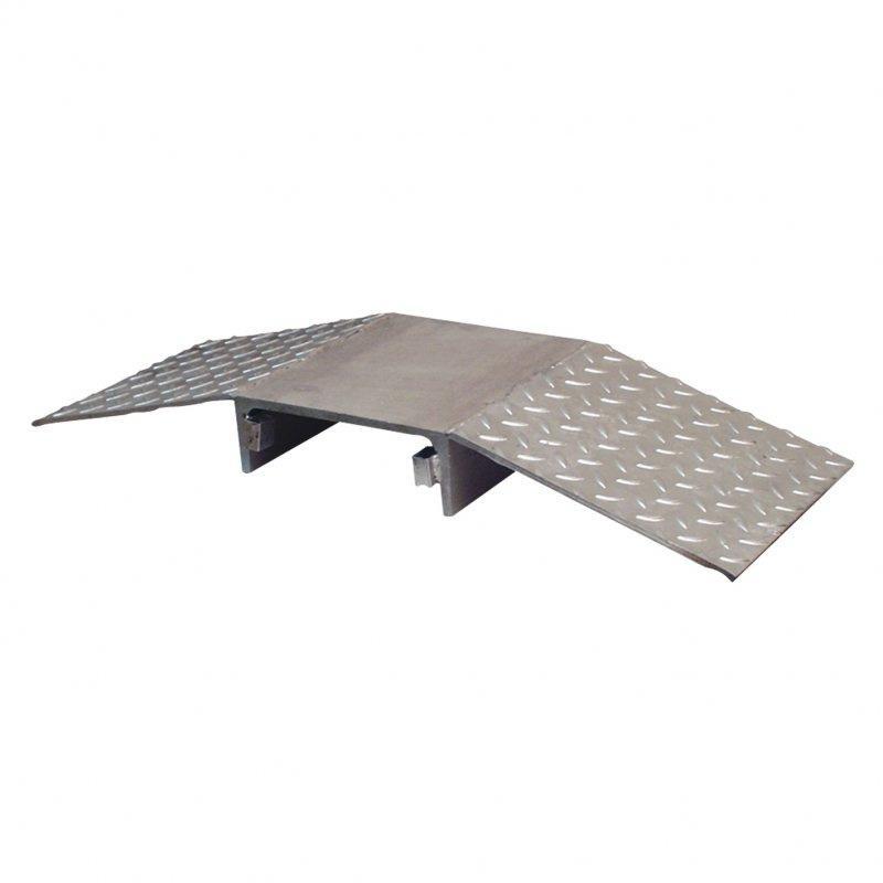 Überfahrschutz - Kabel und Schlauchbrücke aus verschiedenen Materialien