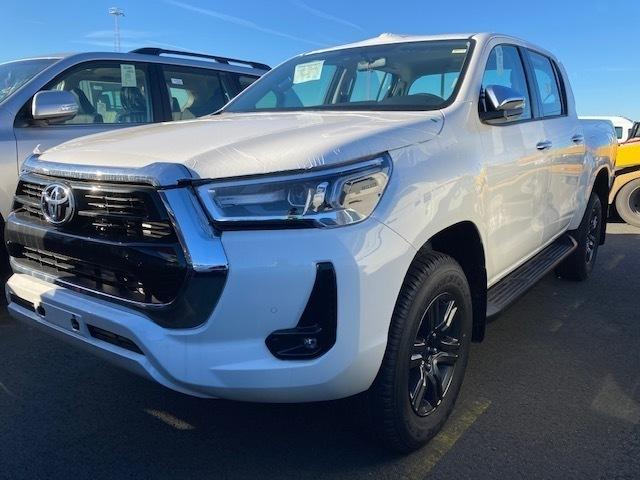 Toyota Hilux 2.8td D/c Adventure - Cars