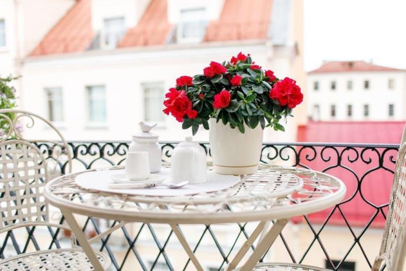 Горшок для цветов Фрезия -