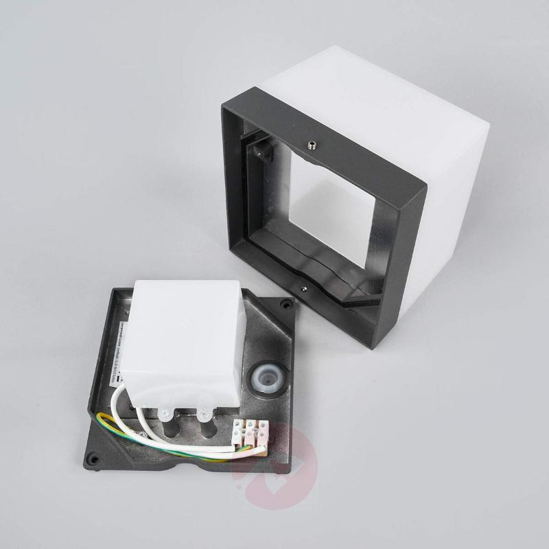 Square LED outdoor wall light Cahita - Outdoor Wall Lights
