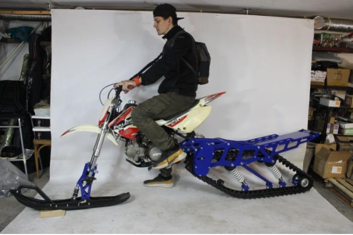 Snowbike KIT für Motorrad 250 Kubikzentimeter. - Bausatz zur Umrüstung von Motorrädern mit 250 Kubikzentimeter Hubraum zu Schneem