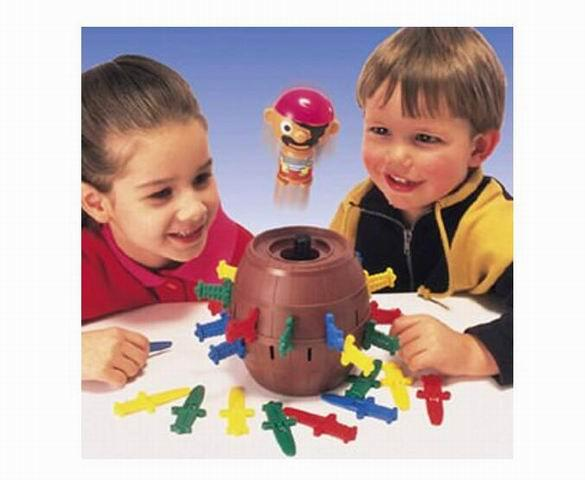 TOMY Pop Up Pirate Classic Children's Action Game  - Tabletop & Miniature Gaming