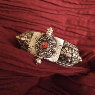 Bracelets - Argent, corail, Yémen