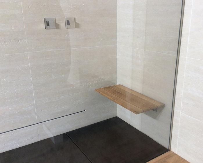 Sedile Doccia Legno : Thaissa by silverplat seduta doccia sollevabile su misura