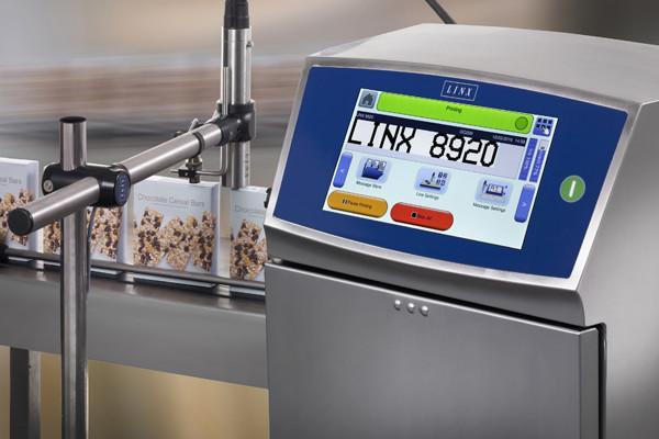 Linx 8920 - kleinkarakter inkjet printer (CIJ) - Sneller en langer coderen op uw productielijn
