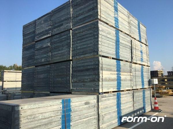 Wall formwork used - Doka Framax Xlife panels 1,35x2,70m