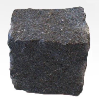 Pavés de Granit Noir - La couleur la plus rare de granit au Portugal.