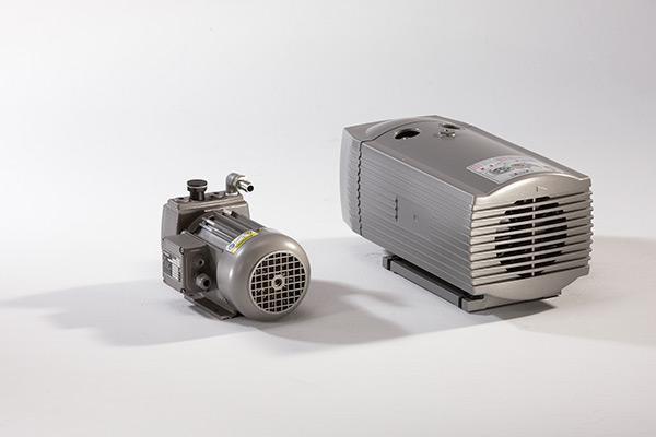Vacuum Pumps, Blowers and Ejectors - Vacuum Pump VP-T