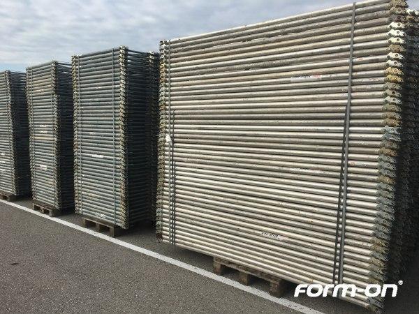 Floor props used - Peri Frames Multiprop MRK