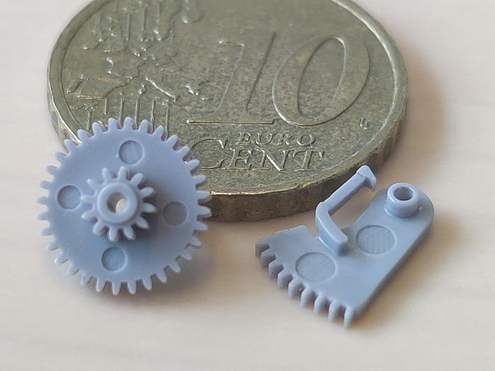 injection moulded micro parts - Real micro moulding with very demanding tolerances and surfaces