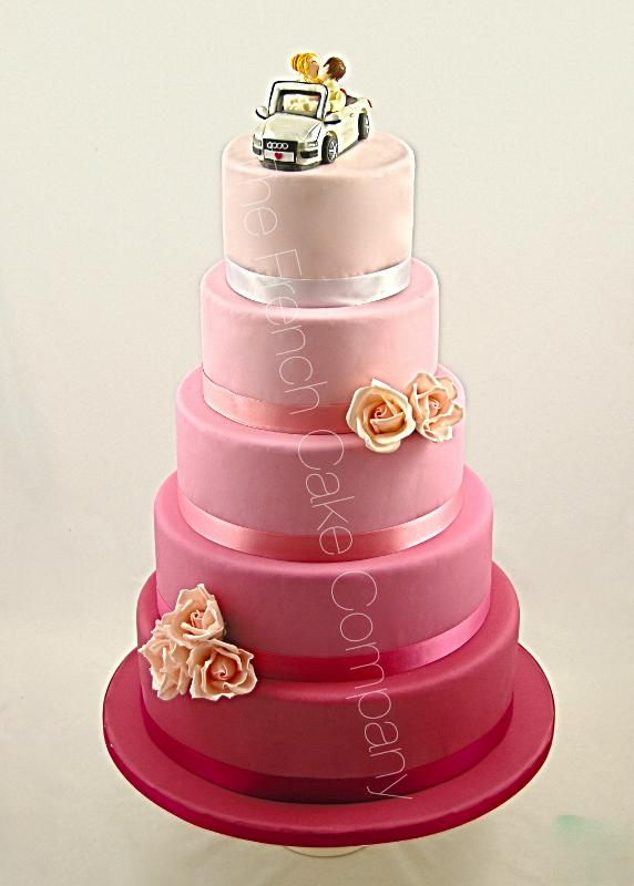 Gâteaux et Pièces Montées sur-mesure - Gâteau Dégradé de rose