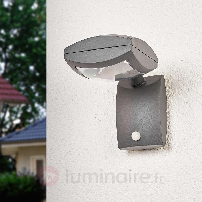 Spot d'extérieur LED Levio avec détecteur - Appliques d'extérieur avec détecteur