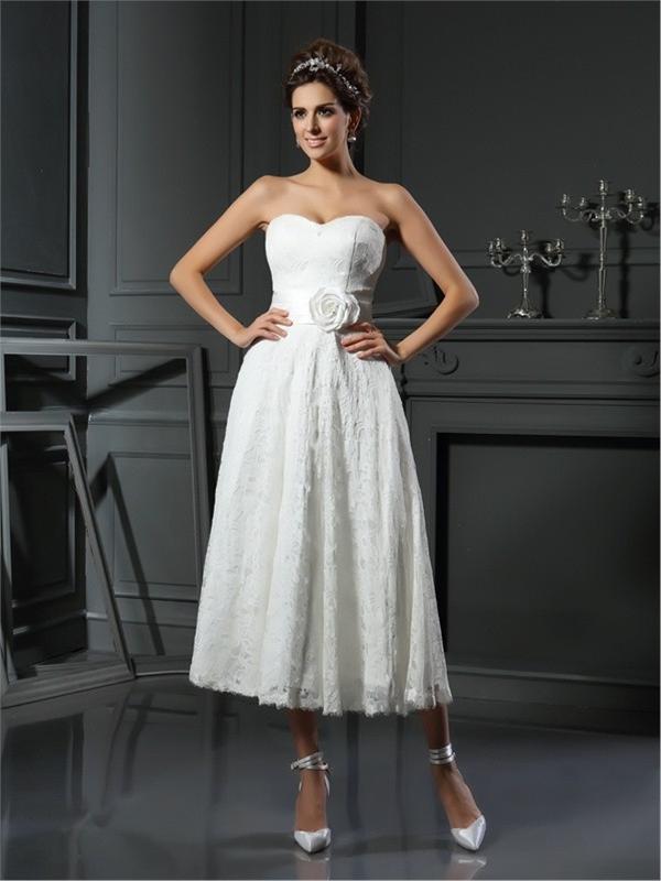 Paris - Simple Weddingdress