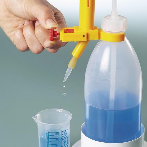 Titrating burette automatic - Laboratory equipment, precise dosing